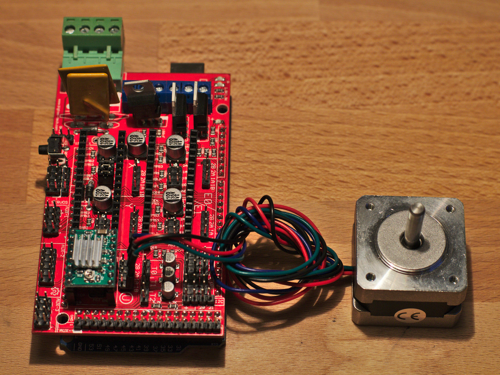 Photograph showing a stepper motor plugged into the RAMPS 1.4 G-Code board used together with Monkeyprint DLP printer software.